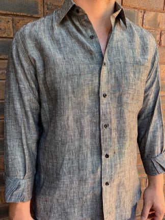 Linen shirt in Black Marle